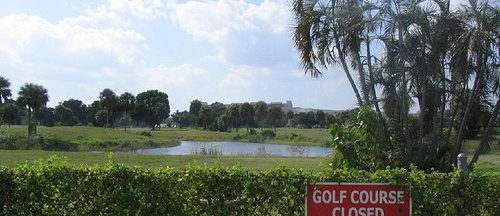 golf-course-closed